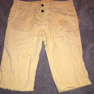 True Religion Men's yellow shorts